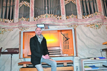 190510-Orgel-zu-Gast-Musiker-Oliver-Strauch-Muensterlaendische-Tageszeitung-AKB